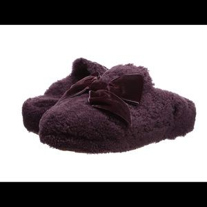 ‼️1HR Sale‼️UGG Addison Velvet Bow Slippers